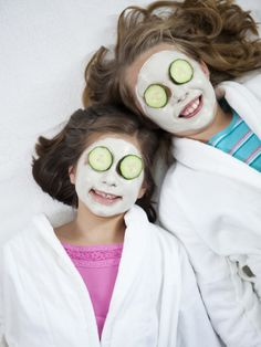 spa party!! will probably use some of the ideas from this woman's blog for my girls night in!