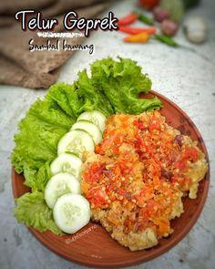 Resep olahan telur sederhana Instagram Egg Recipes, Cooking Recipes, Recipies, Cooking Time, Easy Sauce Recipe, Indonesian Cuisine, Indonesian Recipes, Malaysian Food, Joko