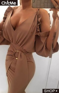 Buy Solid Cold Shoulder Frill Design Ruched Bodycon Dress in the online store - TopTrendBrand Bodycon Dress Outfit, Robe Bodycon, Dress Bra, Queen Fashion, Couture Fashion, Mode Vintage, Stunning Dresses, Casual Tops, Pattern Fashion