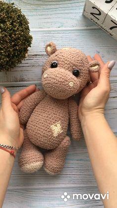 Crochet Hippo, Crochet Amigurumi Free Patterns, Crochet Animal Patterns, Stuffed Animal Patterns, Cute Crochet, Crochet Doll Pattern, Crochet Crafts, Crochet Dolls, Crochet Projects
