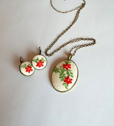 Hey, I found this really awesome Etsy listing at https://www.etsy.com/listing/221883491/red-flower-bouquet-jewelry-set-hand