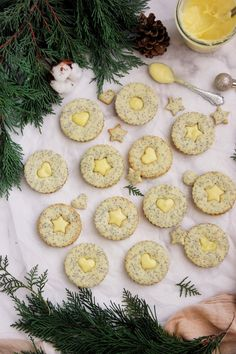 Mákos-citromkrémes linzer – Ízből tíz Holiday Candy, Candy Recipes, Pavlova, Christmas Cookies, Food To Make, Food And Drink, Christmas Decorations, Cooking Recipes, Favorite Recipes