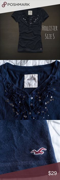 Hollister Womens Sequin Top size S Hollister Womens Sequin Top Shirt Size Small Navy Blue T-Shirt Blouse Hollister Tops Tees - Short Sleeve