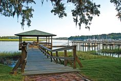 The beautiful city of Beaufort, SC was charted in 1711 and the city enjoys a very rich history. It is one of only a handful of U. S. towns that has had its entire downtown designated an historic district by the National Trust for Historic Preservation. Beaufort Neighborhoods by Southern Realty News