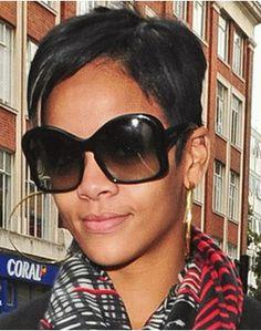 50fb32dc000e Our favorite celebs rocking their favorite sunglasses!  inspiredshades  Rihanna Sunglasses