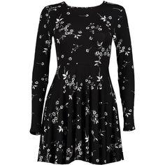 Boohoo Petite Jane Floral Print Skater Dress ($26) ❤ liked on Polyvore featuring dresses, floral design dresses, skater dresses, flower printed dress, petite dresses and floral pattern dress