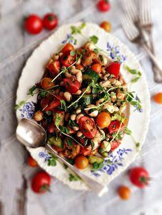 sweetsugarbean: Tomato Basil Salad with White Beans & Bocconcini