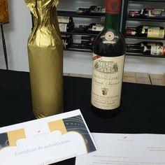 Luxurywine.ro #oldwine #vinurivechi #vinuridecolectie #chianti #barolo #wine #vinurirare #brunello #vinuricucertificat Wine, Drinks, Bottle, Food, Drinking, Beverages, Flask, Essen, Drink