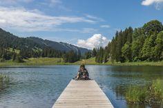 5 Gstaad Tipps: was kann man machen? Viel mehr als nur Klischees Zermatt, Hiking, Mountains, Nature, Travel, Restaurant, Road Trip Destinations, Waiting, Walks