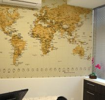 Adesivo de Parede – Mapa-múndi Educativo Amarelo