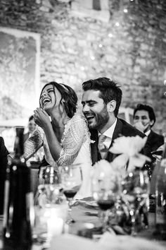 Candid Wedding Photos, Wedding Picture Poses, Wedding Photography Poses, Wedding Photoshoot, Wedding Portraits, Wedding Pictures, Party Photography, Documentary Wedding Photography, Fashion Photography