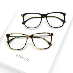 Part of the new arrivals for 2018 - the MYKITA // JOVVA offers a square shape for men and women constructed out of acetate and ultra-light stainless steel. Available in 4 colors.