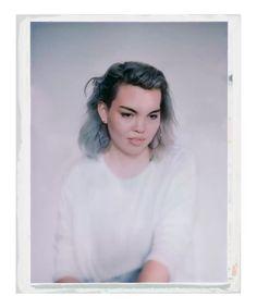 ' à la chambre',  Polaroid tirage argentique lambda.  Léonard Bourgois-Beaulieu, 2015