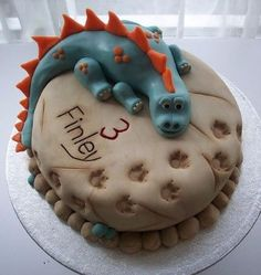 Are your kids animal crazy! Need some inspiration for their upcoming Birthday party? This collection of 10 Adorable Animal Cakes has all the inspiration you need to create an epic cake that the kids will love. Dinasour Cake, Dinosaur Birthday Cakes, Dinosaur Cakes For Boys, Dinosaur Dinosaur, 4th Birthday, Birthday Ideas, Dino Cake, Cupcake Cakes, Cake Cookies