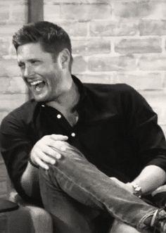 Jensen laughing at SDCC16