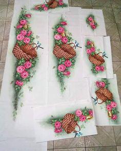 Tableware, Paintings, Dish Towels, Fabric Painting, Natal, Flowers, Dinnerware, Dishes, Painting Art
