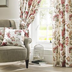 Ashley Wilde Carnaby Cushion Cover by Palmers Department Store Online. Store Online, Department Store, Country Style, Bedroom Ideas, Floral Design, Cushions, Curtains, Cover, Home Decor