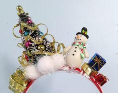Christmas headband adult headband for women ugly sweater Diy Christmas Hats, Whoville Christmas, Christmas Sweaters For Women, Christmas Costumes, Whoville Costumes, Christmas Headbands, Carnival Costumes, Christmas Headpiece, Craft Font