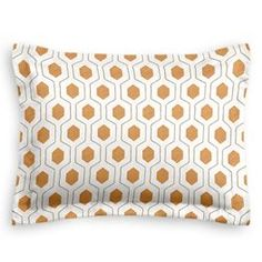 Need that extra geometric sham to help that bedding out? Try the Beige & Orange Hexagon Sham from Loom Decor!
