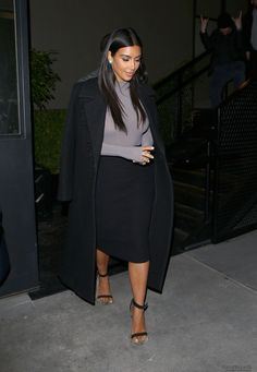 KardashianBX121814_14.JPG Click image to close this window
