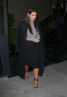 KardashianBX121814_14.JPG Click image to close this window