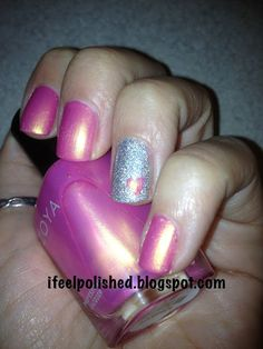 Accent nail with heart!