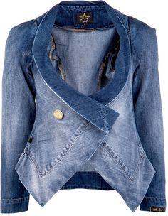 Una giacca di jeans dallo stile creativo e originale è il connubio perfetto delle tue energie Acqua e Legno!