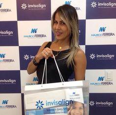 Nossa paciente Denise Almeida esbanjando sorriso.  Com Invisalign o tratamento ortodôntico é totalmente livre de fios e bráquetes. As pessoas nem vão notar que você está em tratamento. Saiba mais: @mferreirasantos www.mauricioferreira.odo.br #invisalignmanaus 3877-7469 /99189-1220 #drmauricioferreira