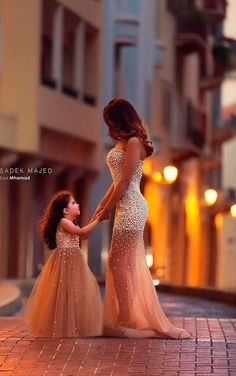 Top hot mommy and me tutu gown mother and daughter matching dresses heavy beads vestidos de festa long evening dress gowns Flower Girls, Flower Girl Dresses, Dress Girl, Girls Dresses, Prom Dresses, Wedding Dresses, Evening Dresses, Reception Dresses, Dress Prom