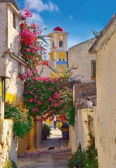 Chania #Crete #Greece #travel | http://www.greeceviewer.com/odigos/en/Chania