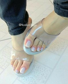 Nice Toes, Pretty Toes, Sexy Nails, Sexy Toes, Toe Nails, Sexy Legs And Heels, Hot High Heels, Feet Soles, Women's Feet