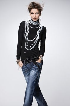Just My Style..........Pearls and Blue Jeans! 100% Me!!!