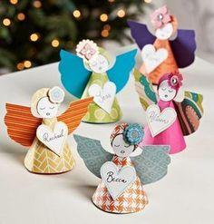 Anjos de papel na decora��o natalina Mais
