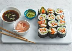 With just a little practice, you can make sushi rolls at home that are as dazzling to look at as they are delicious to eat. Make Your Own Sushi, How To Make Sushi, Shrimp And Eggs, Shrimp And Asparagus, Homemade Sushi Rolls, Asparagus Rolls, Nigiri Sushi, Sushi Sushi, Gastronomia