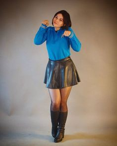 StarTrek-Fashion spin-off Style Pantyhose Outfits, Black Pantyhose, Leather Skater Skirts, Leather Skirt, Skirt Outfits, Cute Outfits, Star Trek Crew, Star Trek Cosplay, Stockings Lingerie