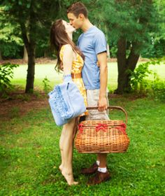 40 Free Date Ideas You'll Both Love: 37. Have a Picnic  Instead of eating sandwiches at home for lunch, pack up and head out to a local park or lake. It's a great way to spend quality time without the distractions at home! (Try to ditch your cell phones.)