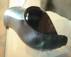 royal armouries bridle gauntlet