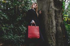 Amaranto Sophia Leather Bag with Burgundy Handles