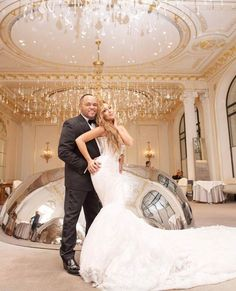 Adrienne Bailon Workout Routine and Diet Plan for Her Wedding. Adrienne Bailon shed 22 lbs of body weight for marriage day while Israel Houghton lost 25 lbs Celebrity Wedding Dresses, Celebrity Weddings, Celebrity Couples, Celebrity Style, Couture Wedding Gowns, Bridal Gowns, Paris Wedding, Dream Wedding, Glamorous Wedding
