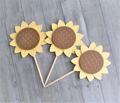 Cupcake Toppers, Sunflower Cupcake Toppers, Garden Party Decorations, Sunflower Decorations, Paper Sunflowers, Party Decorations