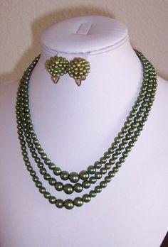 "Vintage Faux Pearl Necklace Screw Earrings Set Green Multi Strand 8"" Choker  #Unbranded"