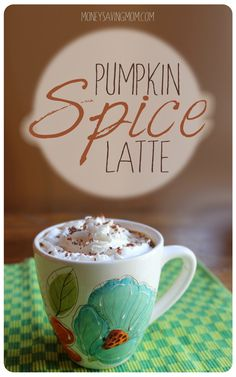DIY: Pumpkin Spice Latte. This is an amazingly delicious recipe... MUST try this fall!