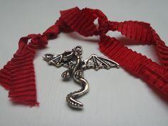 Anhänger Tiere - Drache Fauchie Anhänger zum Basteln - ein Designerstück von schmuckeHexe bei DaWanda Charms, Designer, Etsy, Personalized Items, Earrings, Jewelry, Kite, Animals, Basteln