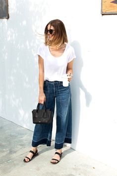 5 White Tee And Denim Looks To Try Now