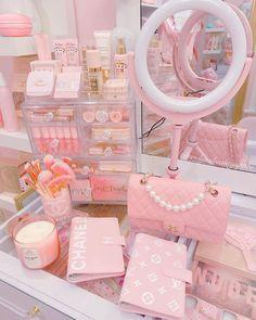 Cute Room Ideas, Cute Room Decor, Wallpaper Iphone Cute, Cute Wallpapers, Kawaii Bedroom, Baby Pink Aesthetic, Glam Room, Aesthetic Room Decor, Room Ideas Bedroom