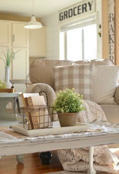 Amazing rustic farmhouse style living room design ideas (28)