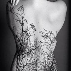 Gorgeous back piece.