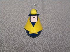 How to Make a Light Bulb Cub Scout Ornament