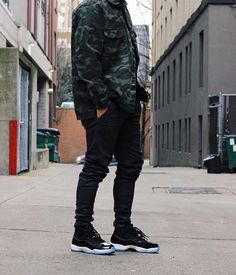STREET STYLE. Jordan 11 Outfit, Jordans Outfit For Men, Dope Outfits For Guys, Jordan Outfits, Cool Outfits, Dope Fashion, Urban Fashion, Mens Fashion, Sneakers Fashion Outfits
