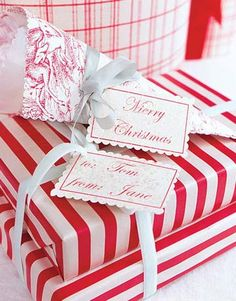 Christmas Crafts - Holiday Paper Crafts - Country Living